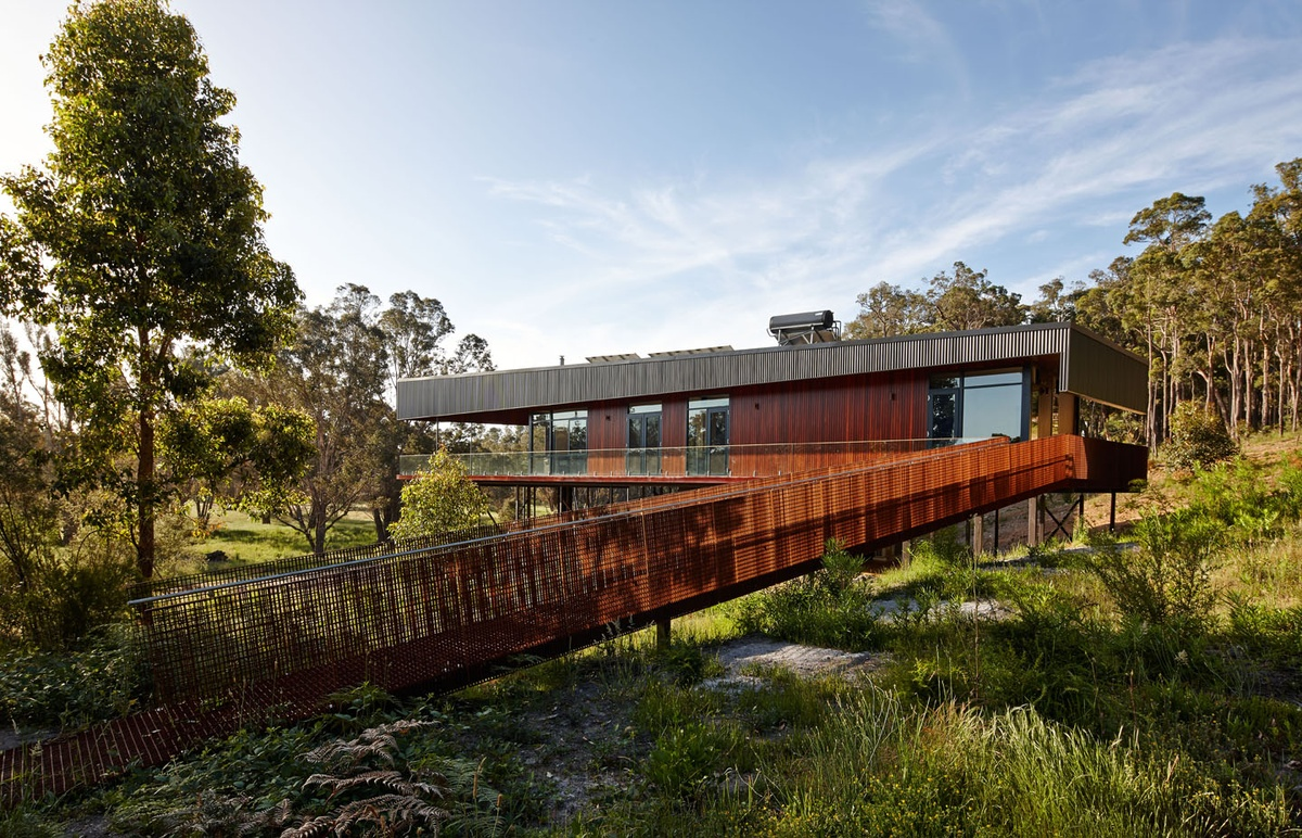 Nannup Holiday House by Iredale Pedersen Hook Architects. Image. Peter Bennetts