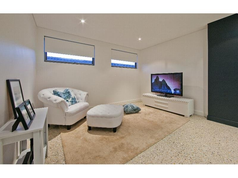 Real Estate South Perth 2 lounge