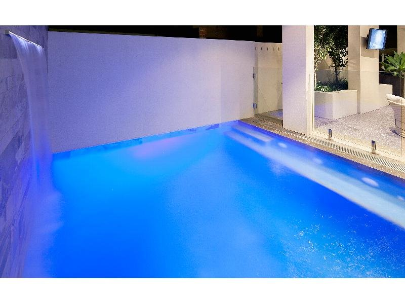 Real Estate South Perth pool