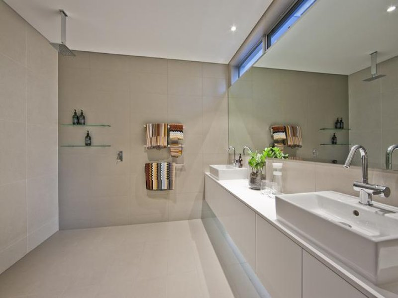 Real Estate South Perth shower