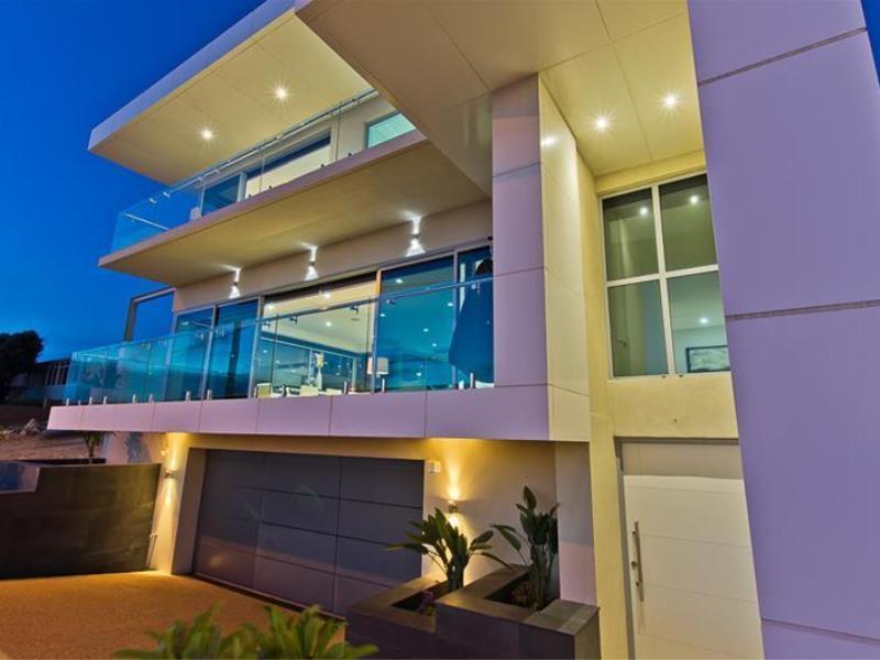 design-estate 32A West Coast Dve, Marmion-02