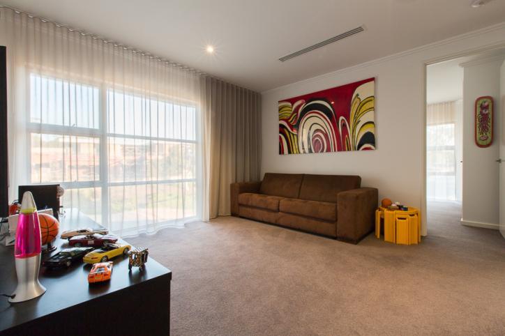 design-estate real estate Floreat Howson 19