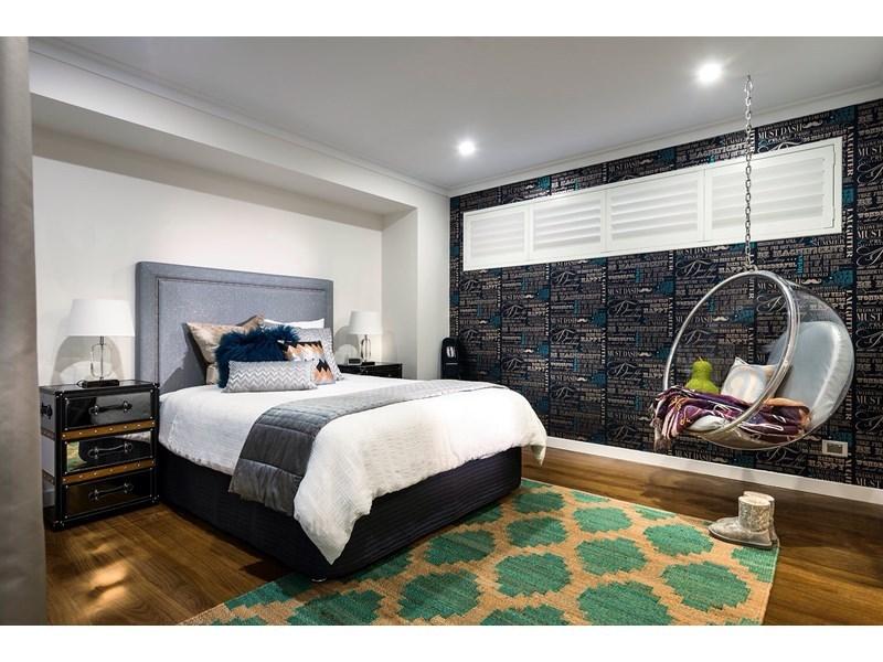 design-estate real estate Menora 17