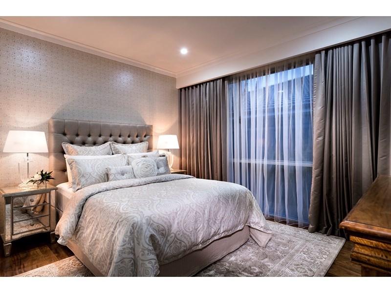 design-estate real estate Menora 19
