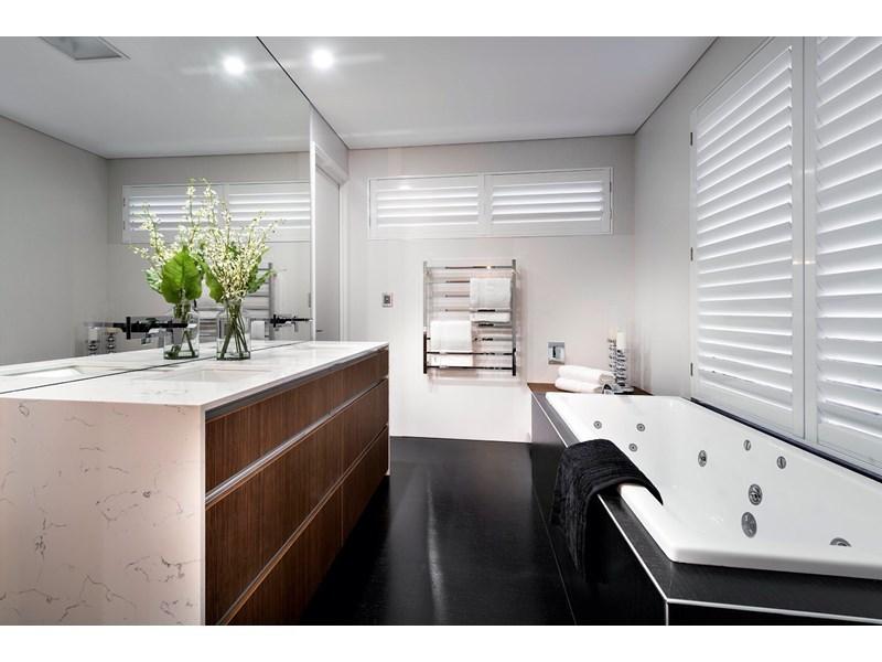 design-estate real estate Menora 5