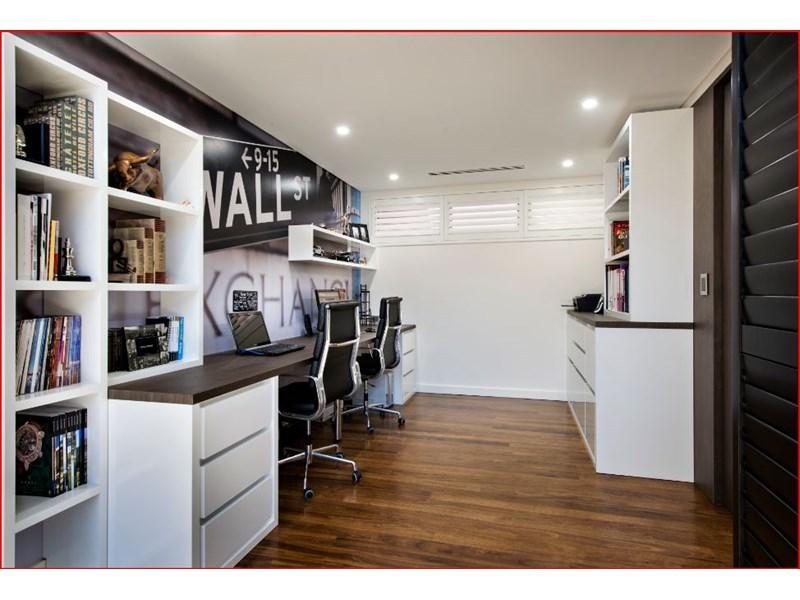 design-estate real estate Menora 6