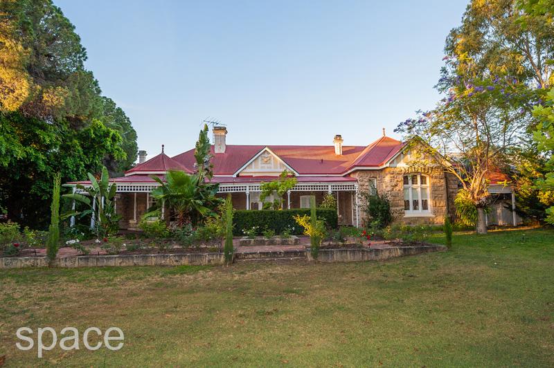 design-estate real estate East Fremantle