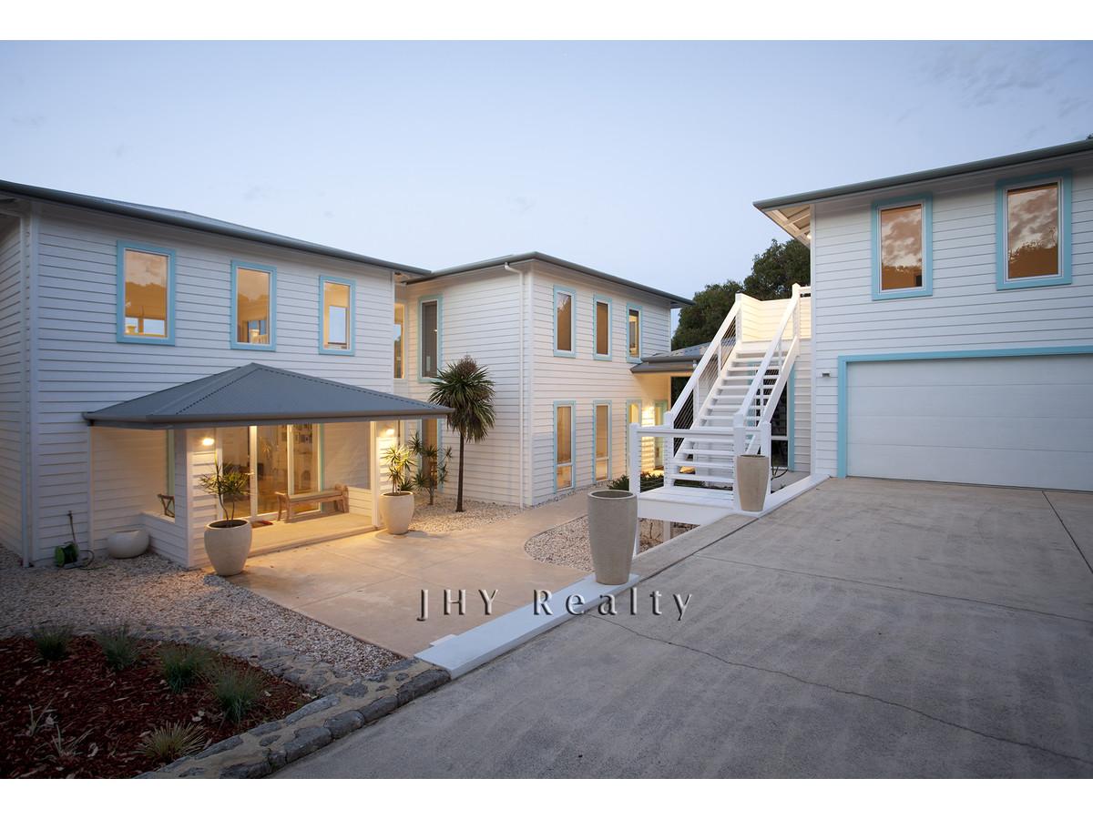 design-estate real estate Eagle Bay 4