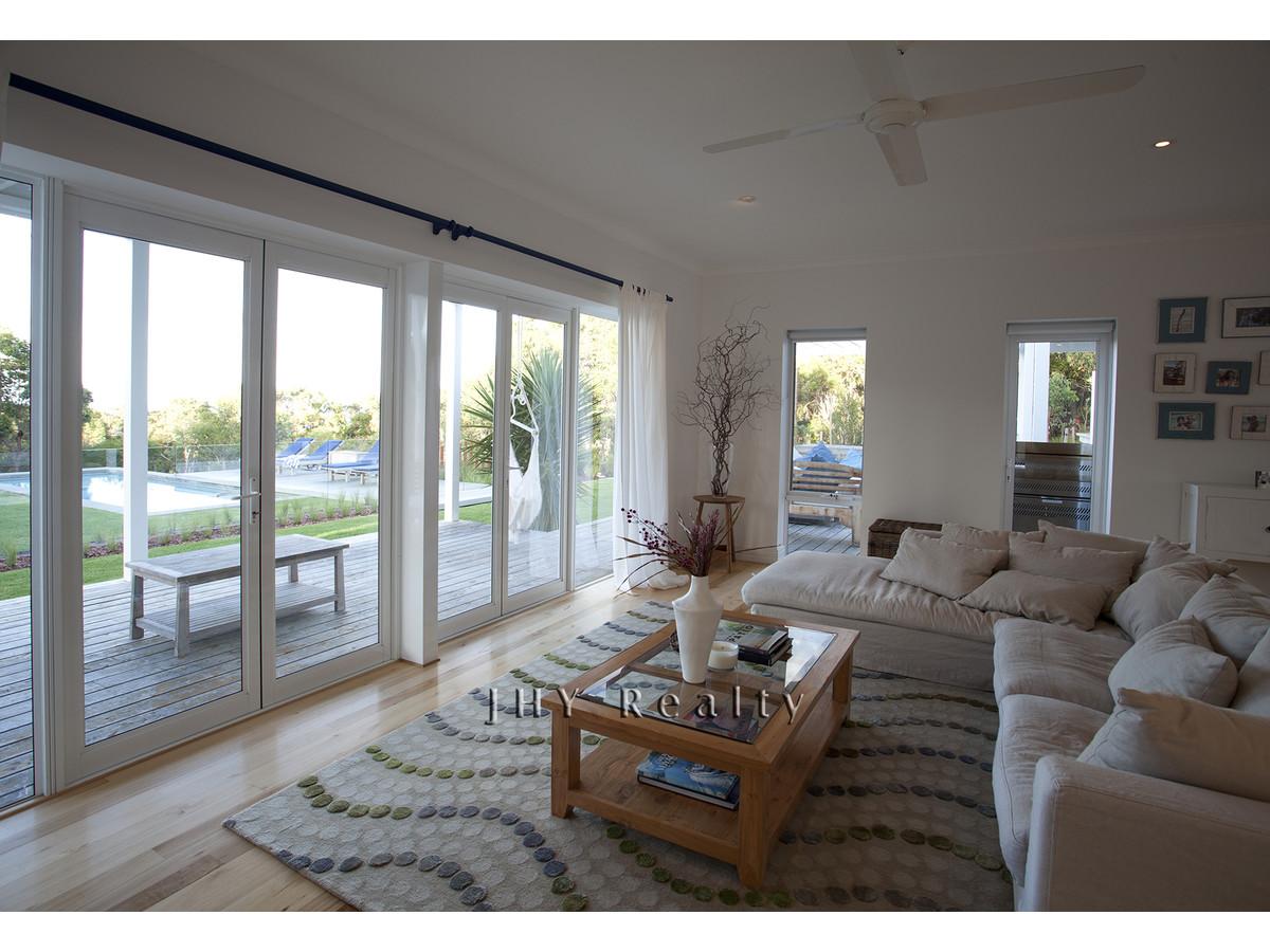 design-estate real estate Eagle Bay 7