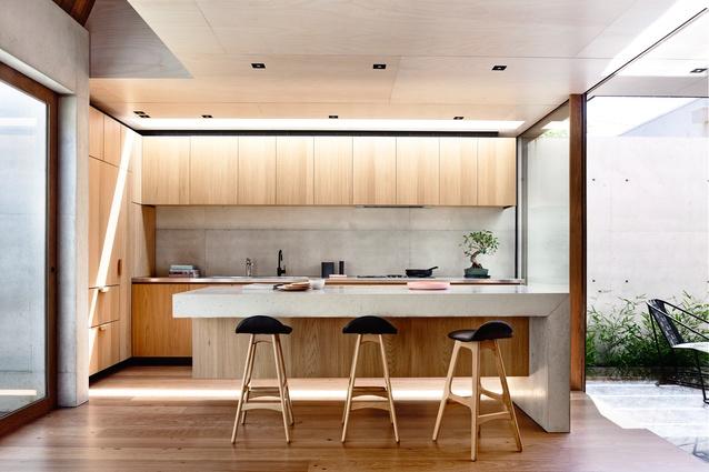 design-estate Built Design Beach Ave by Schulberg Demkiw Architects. Image. Derek Swalwell