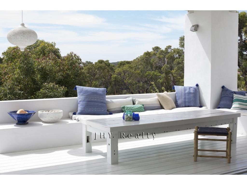 design-estate-Real-Estate-Eagle-Bay-7