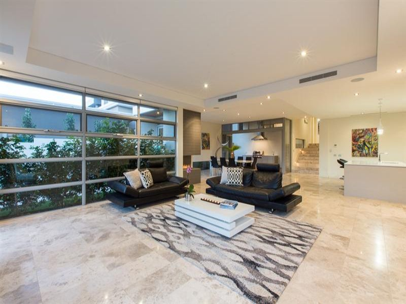 design-estate real estate City Beach 3