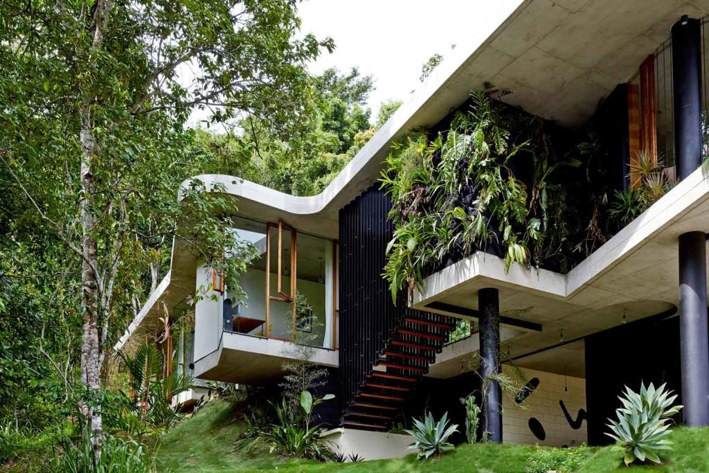 Planchonella-House-Jesse-Bennett-Architect--03