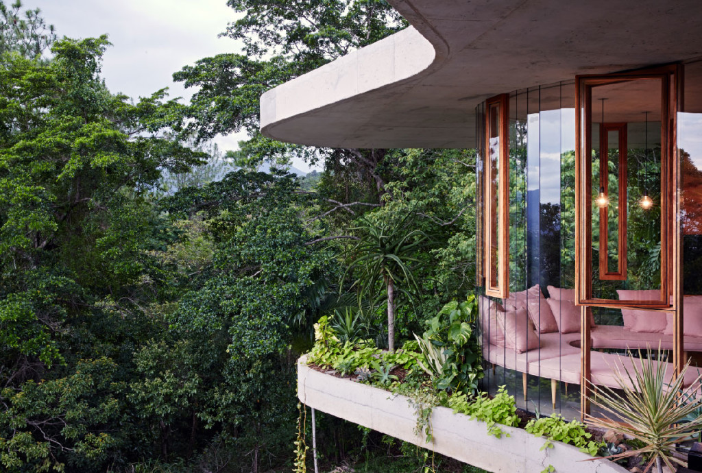 Planchonella-House-by-Jesse-Bennett-Architect-2