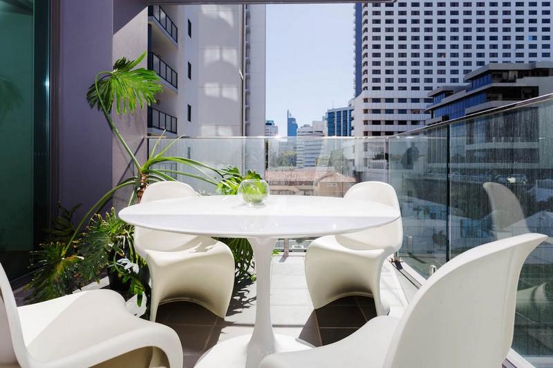 design-estate Real Estate Luxury Riverside Living 19