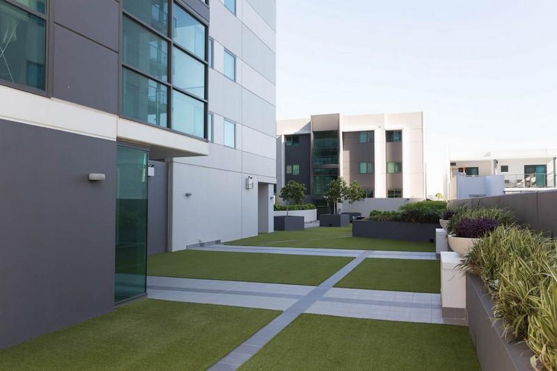 design-estate Real Estate Luxury Riverside Living 21